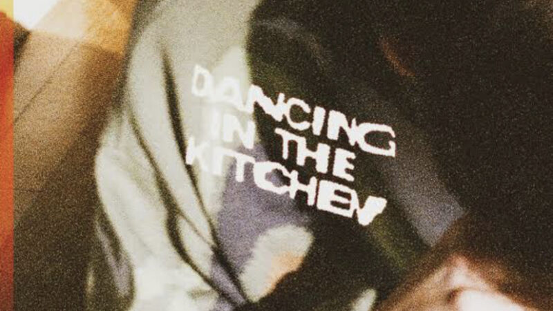 Zachary Knowles – dancing in the kitchen