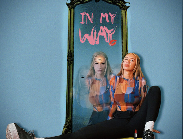 Julia Wolf – In My Way